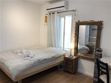 Duplex-Wohnung in der Stadt