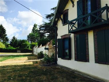 House for sale in North Burgundy Village Dixmont France