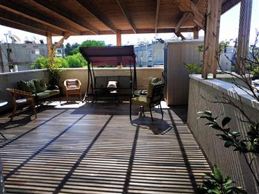Amazing Duplex,designed, spacious, large roof terrace