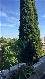 Bordeaux-Saint genes apartamento muito bonito