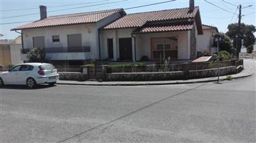 Vivenda à venda em Benedita, Portugal