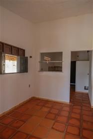 Casa de Praia mobiliada + Casa sem móveis + Terreno
