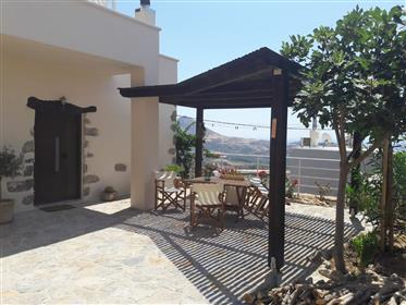 Πέτρινο σπίτι νότια Κρήτη Μαριού/Πλακιάς