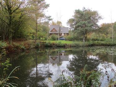 Hermosa propiedad con casa de campo y etang