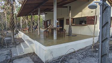 Casa na beira da lagoa da Tatajuba - Ceara