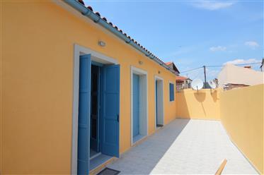 Πώληση χώρα-χωριό σπίτι