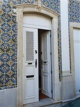 Beautiful Large Traditional House In The Old Town Of Olhao