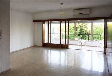 Two-Family apartment on big private lot. Very quiet, spacious, bright.
