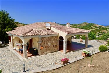 Magnifique villa avec piscine et vue sur mer!
