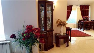 Amazing apartment,renovated, bright, spacious, and quiet!!!