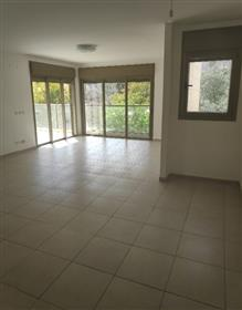 Amazing 4Br, 3Bt apartment, 135Sqm+25Sqm sun terrace